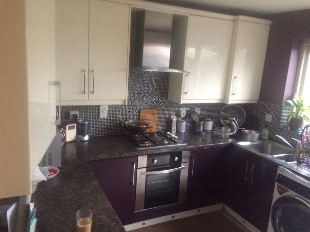 Two BedRoom House in Goodmayes ( PART DSS )