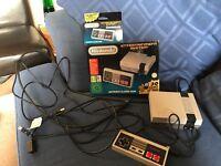 Nintendo Nes classic mini console plus extra controller