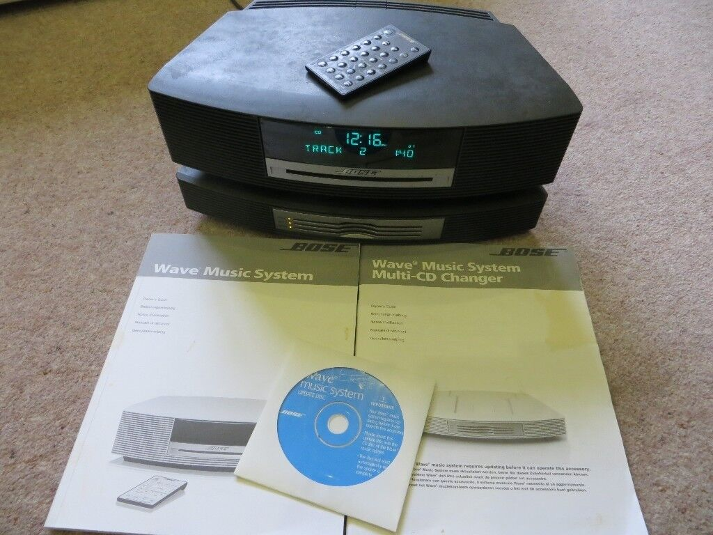 BOSE Wave Music System plus BOSE Multi-CD Changer  Black  with remote  control   in Swindon, Wiltshire   Gumtree