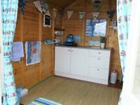 Beach hut to rent Friars Cliff / Steamer Point / nr Highcliffe and Christchurch in Dorset