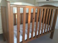 Lovely cot bed for sale