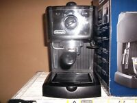 delonghi espresso and capechino maker