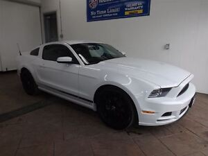 2014 Ford Mustang V6 LEATHER