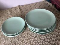 6 ikea dinner plates and 4 tea plates
