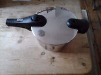 Pressure Cooker in excellent condition