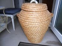 ALI BABA WICKER LAUNDRY BASKET. WITH LID. PERFECT CONDITION.