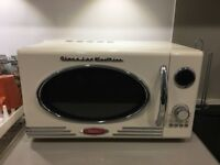 Classsico Electrics Retro Microwave - Cream Colour - Excellent Condition