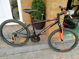 Decathlon rockrider 500 nearly new