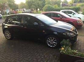 Seat Leon Black 2012 For Sale - Great condition 12 Months MOT - Lots of gadgets