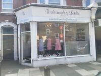 shop/office to let in Eltham, 2 mins walk from Eltham station.