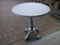 ROUND SMALL WOOD PEDESTAL TABLE