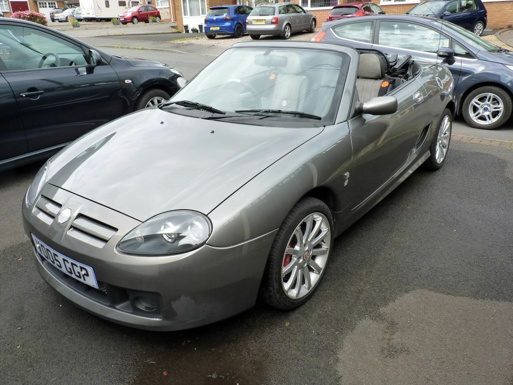 mg tf 2005 135 spark power grey metallic excellent condition 44000 miles in stourbridge. Black Bedroom Furniture Sets. Home Design Ideas