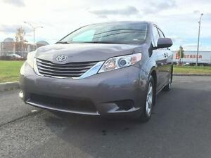2016 Toyota Sienna LE 8 Passagers*Bluetooth*Camera de recul*112$