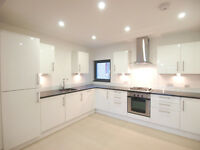 A stunning and spacious 3 bed 2 bath flat set in a private development on Seven Sisters Road