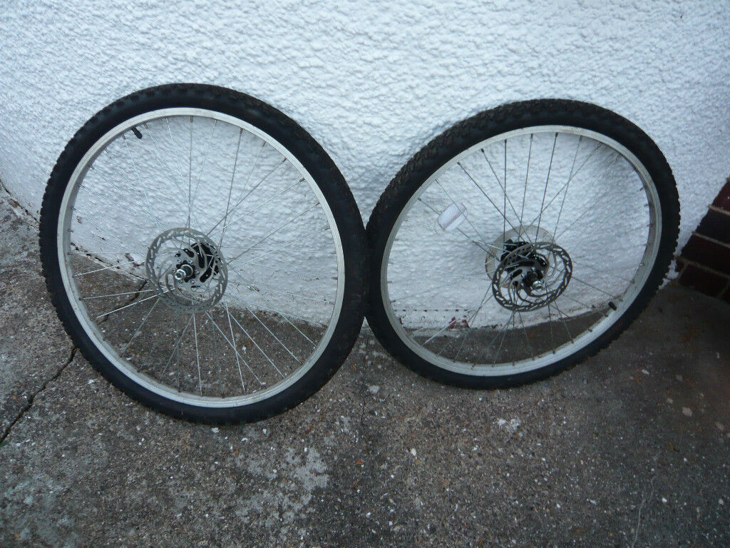 Pair Of 26 Inch Disc Brake Mountain Bike Wheels And Good