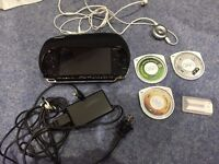 Sony PSP Original (1000) - plus 4 football games