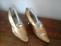 Original Edwardian Ladies Gold Leather Shoes.......pre owned, used, in keeping with age