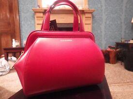 Lulu Guinness small Paula. Red polished leather.