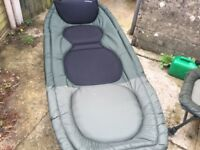 Brand new carp bed never used it built in pillow mud section at end of bed