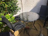 Garden Table & 2-4 Chairs £25 ONO