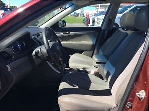 2010 Hyundai Sonata GL w/Sport Pkg Kingston Kingston Area image 11