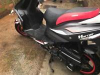 Moped, sinnis harrier 125