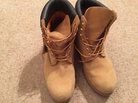 Timberland men's Premium 6 inch wheat waterproof boots UK size 10.5.