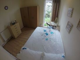 POSH NORTH WEST LONDON - £160 ** PRIVATE GARDEN *a*