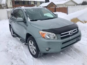 2007 Toyota RAV4 limited V6 !! excellent condition inside out !!