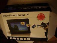 New digital photo frame 7 inch