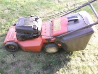 HUSQVARNA Royal 43s self propelled petrol lawnmower