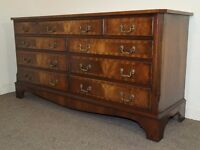 LOVELY LARGE REPRODUX WIDE MAHOGANY CHEST OF DRAWERS FREE DELIVERY IN THE GLASGOW AREA