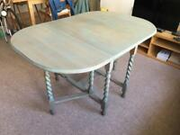 Gateleg fold out dining table great condition shabby chic