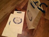 400+ high quality paper bags, 30x16x9cm, great as gift bags, brand new, boxed