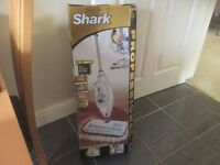 Shark Pro steam pocket mop