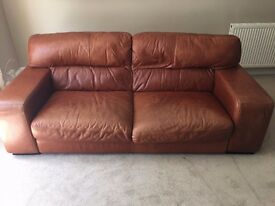 2x leather couches that must sell. Originally purchased from Multiyork. In great condition.
