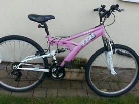 Girls/ladies bike