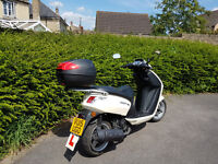 2015 Peugeot 125 Vivacity Scooter. Excellent condition, 1 958 miles covered