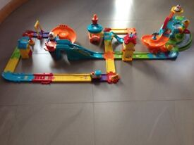 Toot Toot Garage with airport and train station