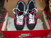NIKE Women's trainers, Size 4, excellent condition