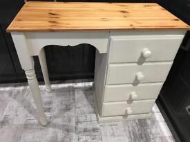Cream/pine dressing table