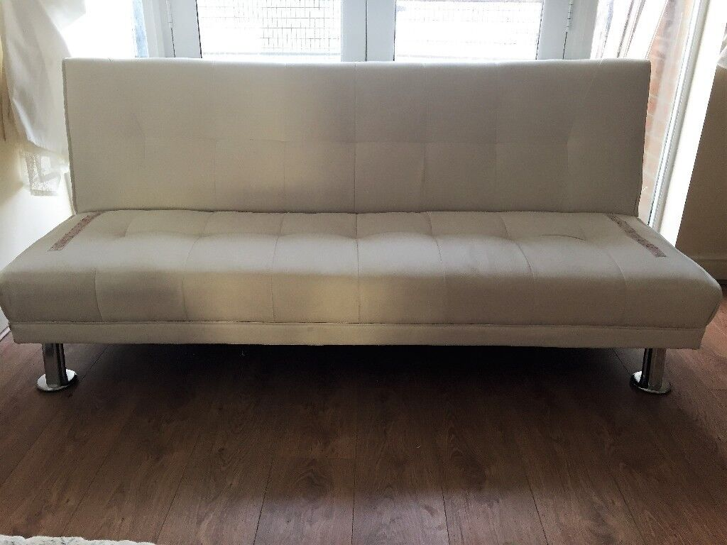 White sofa sofa bed easy clean must go in for Sofa bed gumtree london