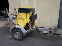 Bomag roller and trailer