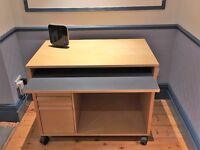 High Quality Computer Desk with slide-out work surface