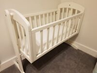 Mamas & Papas Breeze Wooden Swinging Crib, white