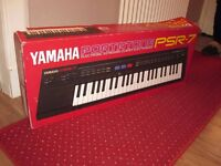 Yamaha PSR7 electric organ in excellent condition