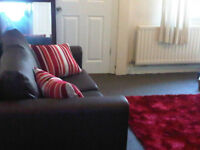STYLISH 3 BED HOUSE NEAR PLATT LANE/PLATT FIELDS PARK. Rooms available for Summer Only & September