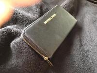 Mk black purse good quality brand new