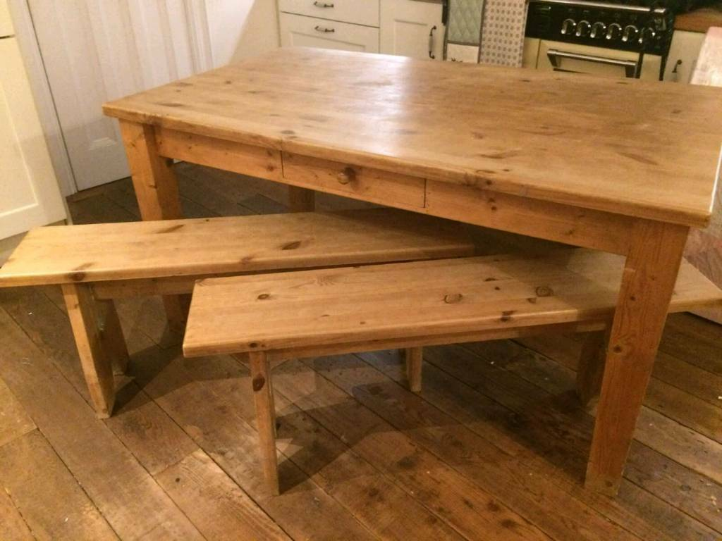 Bespoke handmade kitchen table & 2 benches. Waxed