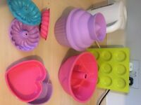 Loads of silicone bakeware